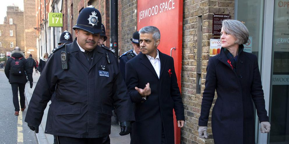 Mayor of London and Sophie Linden talking to a police officer
